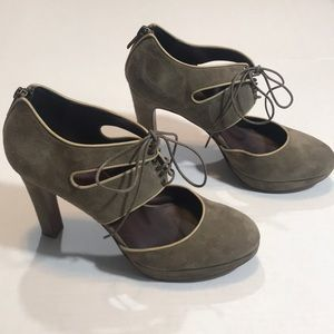 J Crew Olive Green Pumps with Closed Toe and Ties